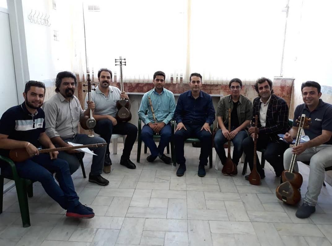 تدریس کلاس موسیقی، دانشگاه هنر و فرهنگ قزوین